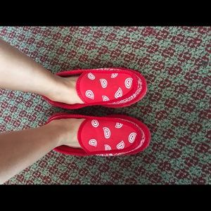 8d473af1d7b Shoes - 🎀HOST PICK🎀 Red   White Bandana  Slippers